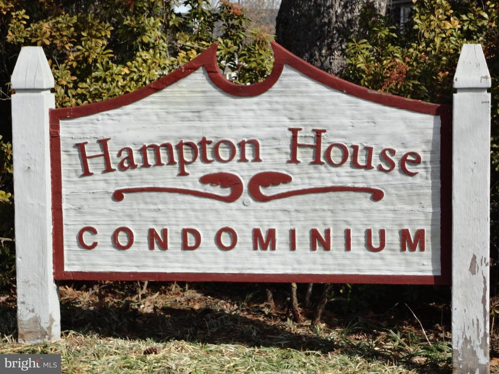Hampton House Condominium - 12302 WADSWORTH WAY #12, WOODBRIDGE