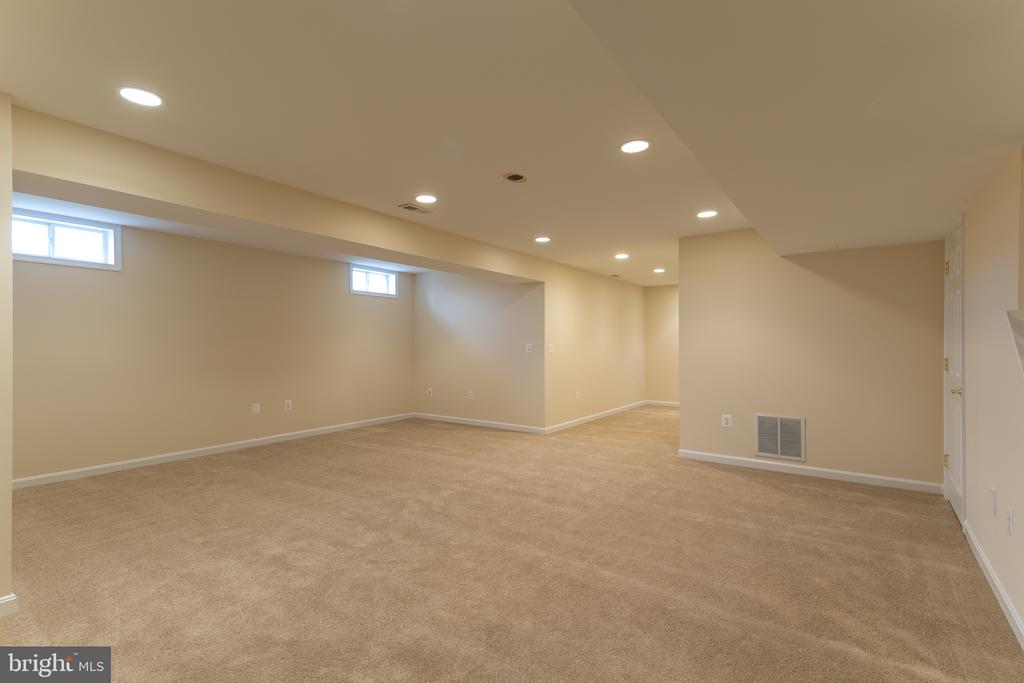 Basement - Brand new carpet! - 11108 STAINSBY CT, BRISTOW