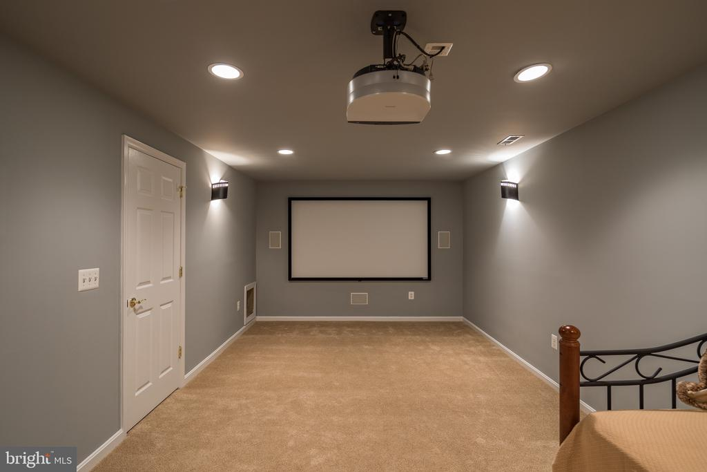 Home theater room - 11108 STAINSBY CT, BRISTOW