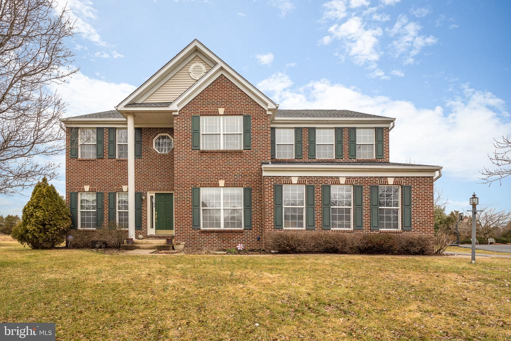 Welcome Home! - 11108 STAINSBY CT, BRISTOW