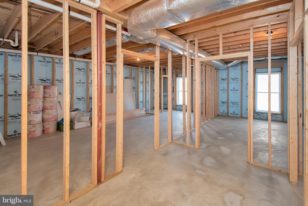 Basement ready for more rooms - 20466 LITTLE LIGNUM WAY, LIGNUM