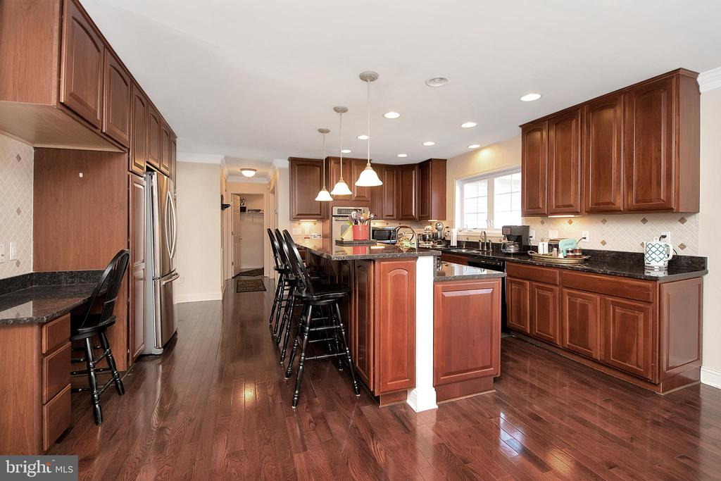 Office space, breakfast bar, and center island - 20466 LITTLE LIGNUM WAY, LIGNUM