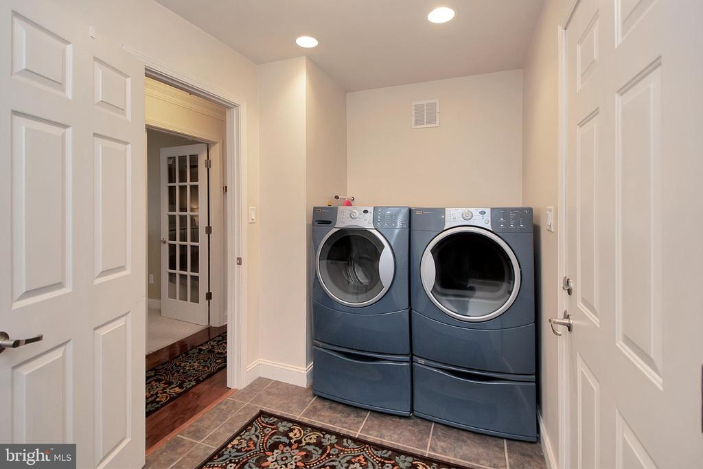 Separate Laundry Area - 20466 LITTLE LIGNUM WAY, LIGNUM