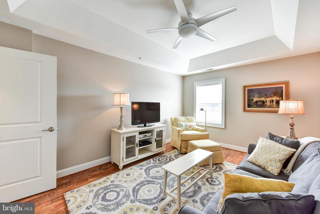 Bedroom 2 with Ceiling Fan - 6301 EDSALL RD #621, ALEXANDRIA