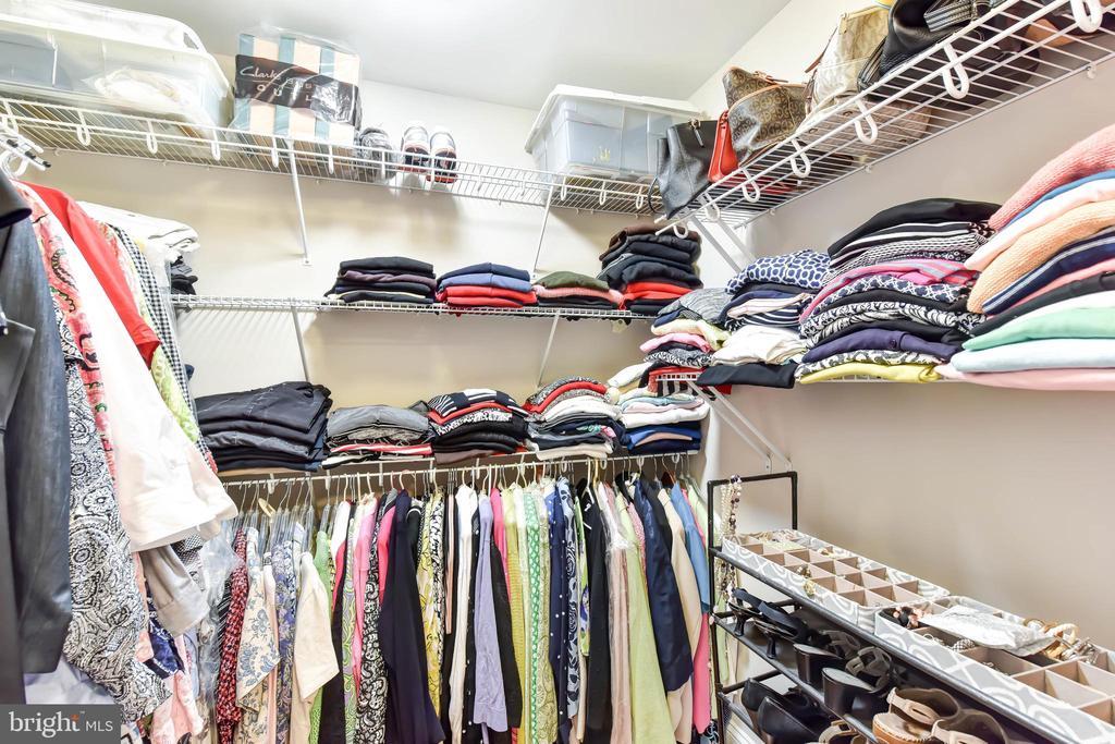 Master Bedroom Huge Walk-in Closet - 6301 EDSALL RD #621, ALEXANDRIA