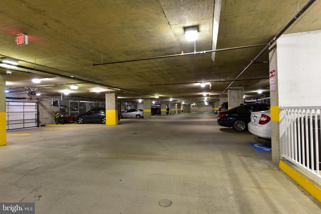 Garage Parking - 6301 EDSALL RD #621, ALEXANDRIA