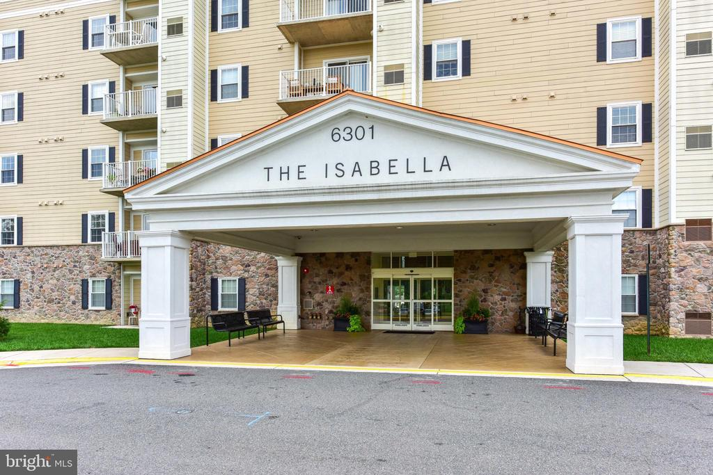 Welcome to The Isabella! - 6301 EDSALL RD #621, ALEXANDRIA