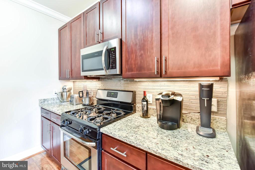 Kitchen with Stainless Appliances - 6301 EDSALL RD #621, ALEXANDRIA