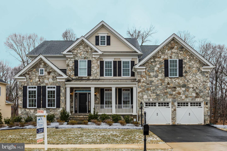 Haymarket                                                                      , VA - $819,000