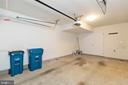 Ample garage space - 6255 CASDIN DR, ALEXANDRIA