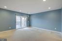 Lower level with walk-out to backyard - 6255 CASDIN DR, ALEXANDRIA