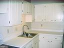 Kitchen view 3 - 125 S CLUBHOUSE DR SW #8, LEESBURG