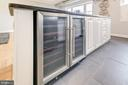 66 bottle wine cooler! ~~ ~~ ~~ - 1315 N ODE ST #722, ARLINGTON