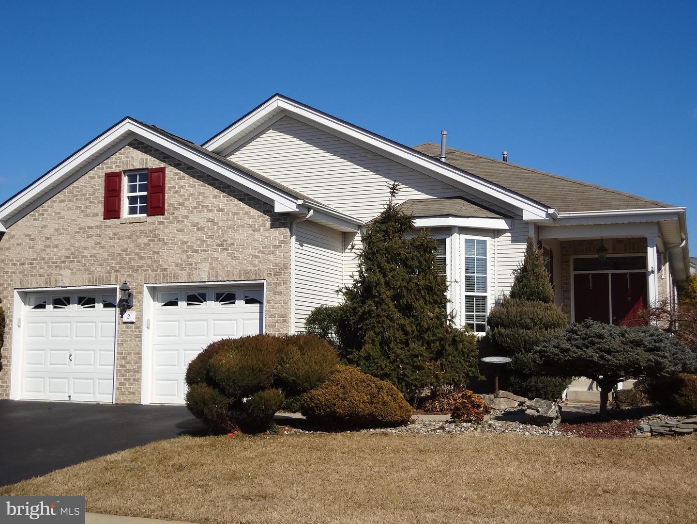 Частный односемейный дом для того Продажа на 2 VANDEVERE Lane Columbus, Нью-Джерси 08022 Соединенные ШтатыВ/Около: Mansfield Township
