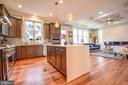Loads of cabinet space - 1812 N BARTON ST, ARLINGTON