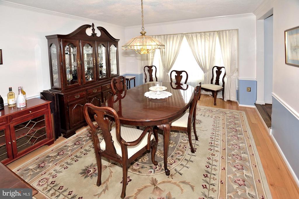 Beautiful Hardwood floors - 15700 CRANBERRY CT, DUMFRIES