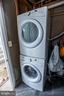 Washer and dryer - 22960 REGENT TER, STERLING