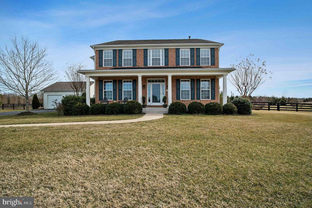 Pristine Country Home - 10901 DEER MEADOW CT, NOKESVILLE