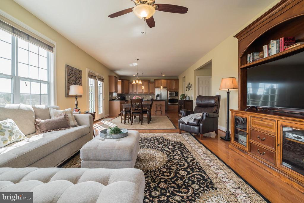 Spacious Family Room - 10901 DEER MEADOW CT, NOKESVILLE