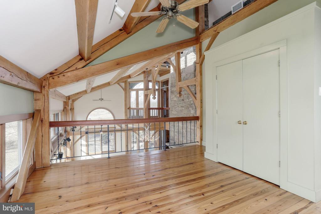Loft-like third bedroom - 36913 PAXSON RD, PURCELLVILLE