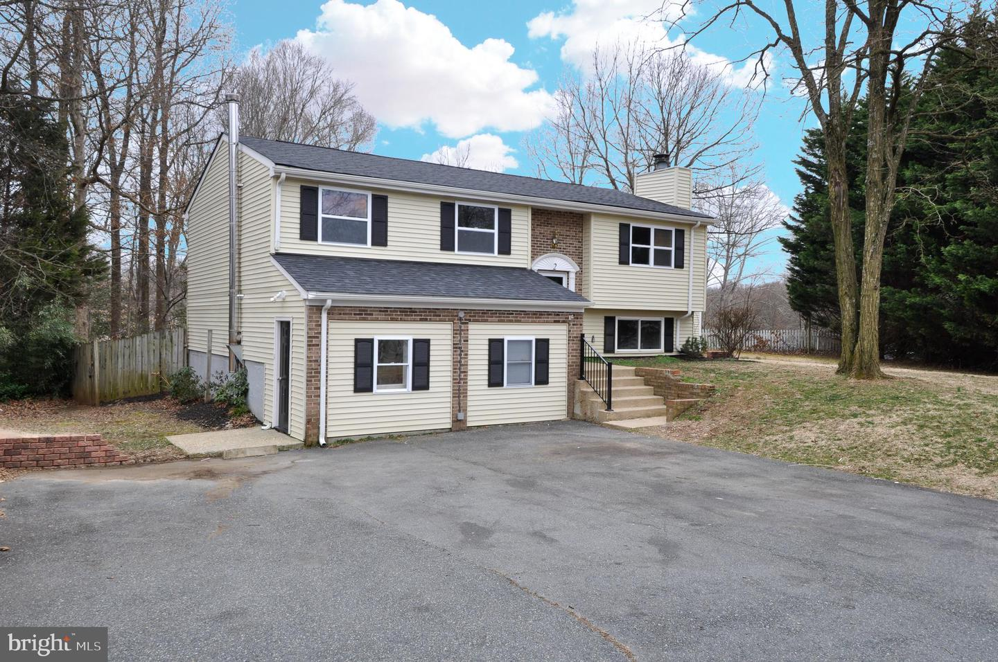 Single Family for Sale at 2 Edgecliff Ln 2 Edgecliff Ln Stafford, Virginia 22554 United States