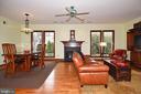 Family Room View into Backyard - 2259 N WAKEFIELD ST, ARLINGTON
