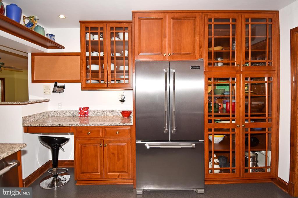 Kitchen - 2259 N WAKEFIELD ST, ARLINGTON