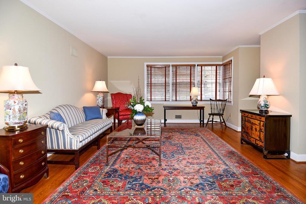 Living Room - 2259 N WAKEFIELD ST, ARLINGTON