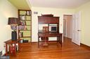 Study with Hardwood Flooring - 2259 N WAKEFIELD ST, ARLINGTON
