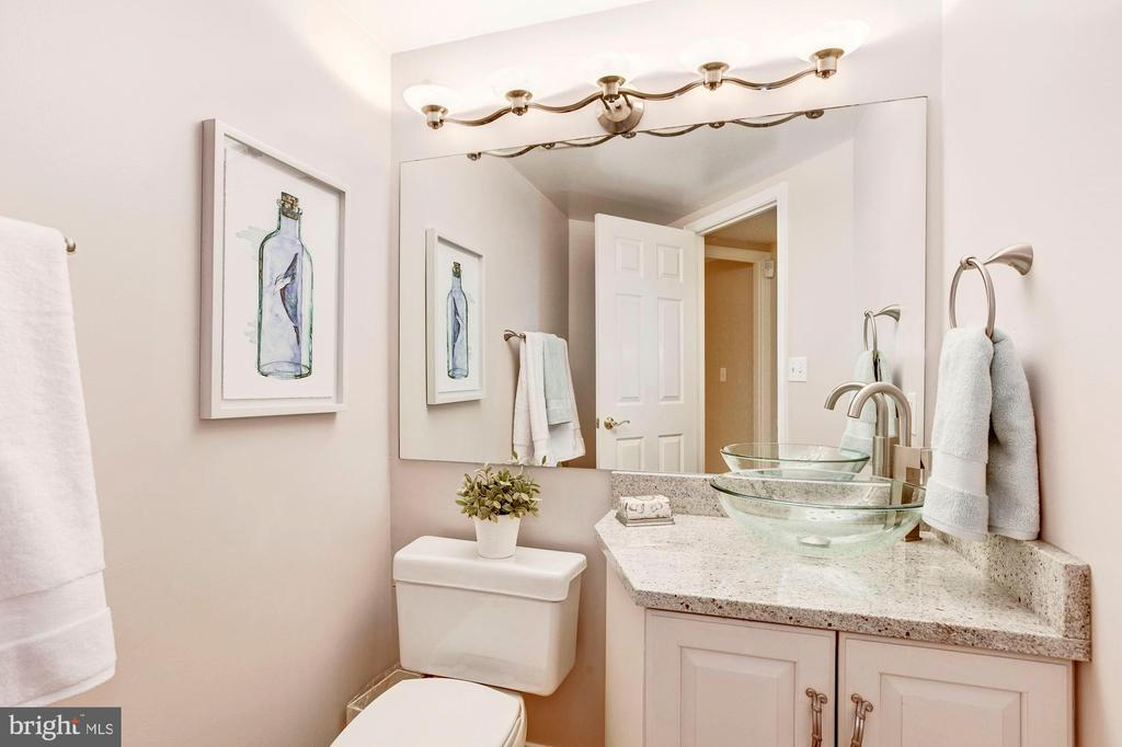 Updated Powder Room - 5809 NICHOLSON LN #811, ROCKVILLE