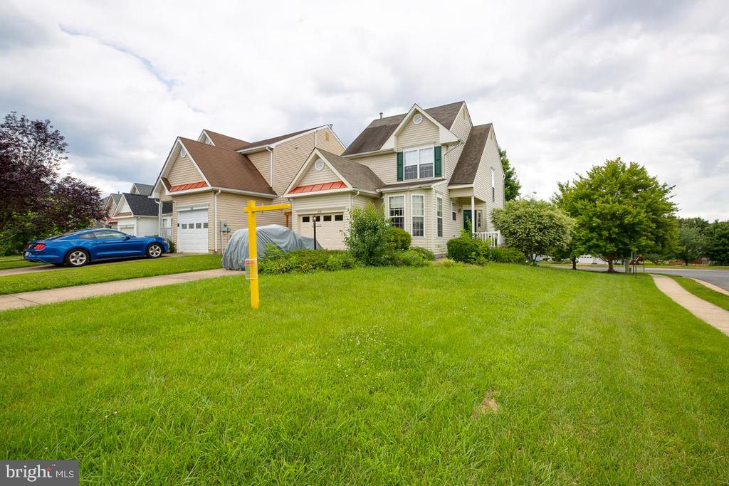 Large Corner Lot - 13169 THRIFT LN, WOODBRIDGE