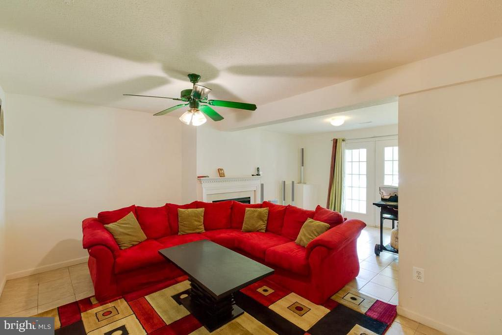Lower Level Family Room With Gas Log Fireplace - 13169 THRIFT LN, WOODBRIDGE