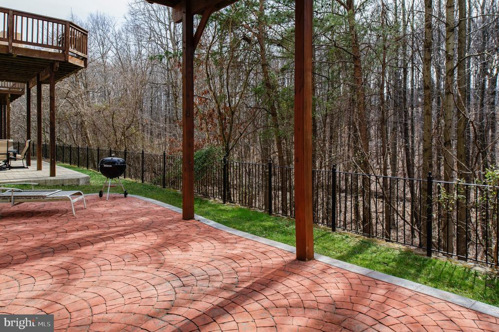 Rear patio - 6857 ROLLING CREEK WAY, ALEXANDRIA