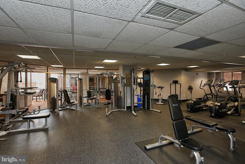 Exercise room on 2nd floor - 1276 N WAYNE ST #418, ARLINGTON