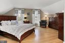 Master bedroom - 8235 TOLL HOUSE RD, ANNANDALE