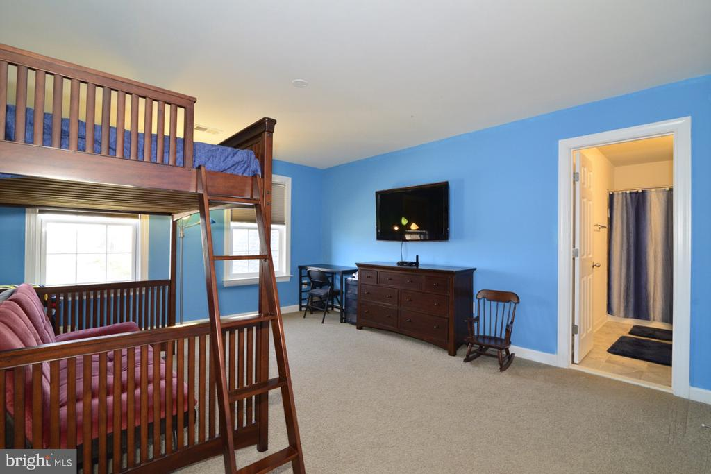 Bedroom 2 - 22333 PASTURE ROSE PL, BROADLANDS