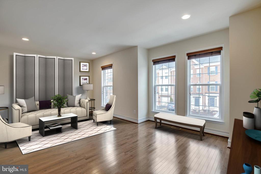 Spacious Living Room - 6255 CASDIN DR, ALEXANDRIA