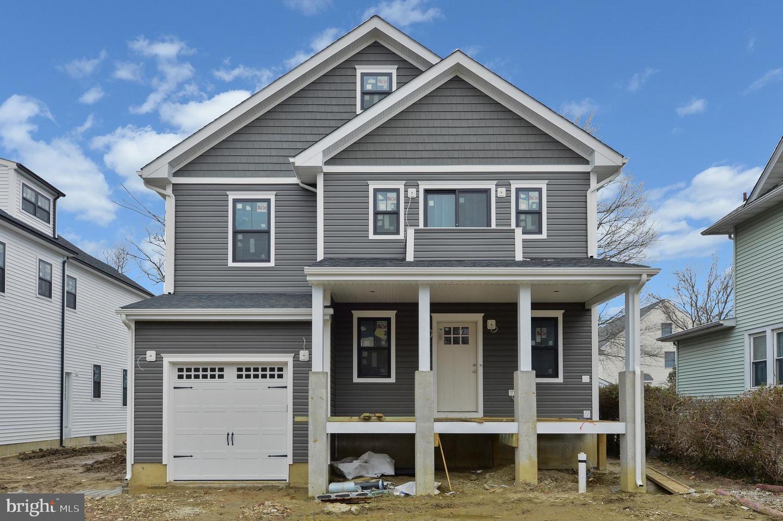 Maison unifamiliale pour l Vente à 127 VIRGINIA Haddon Township, New Jersey 08108 États-Unis
