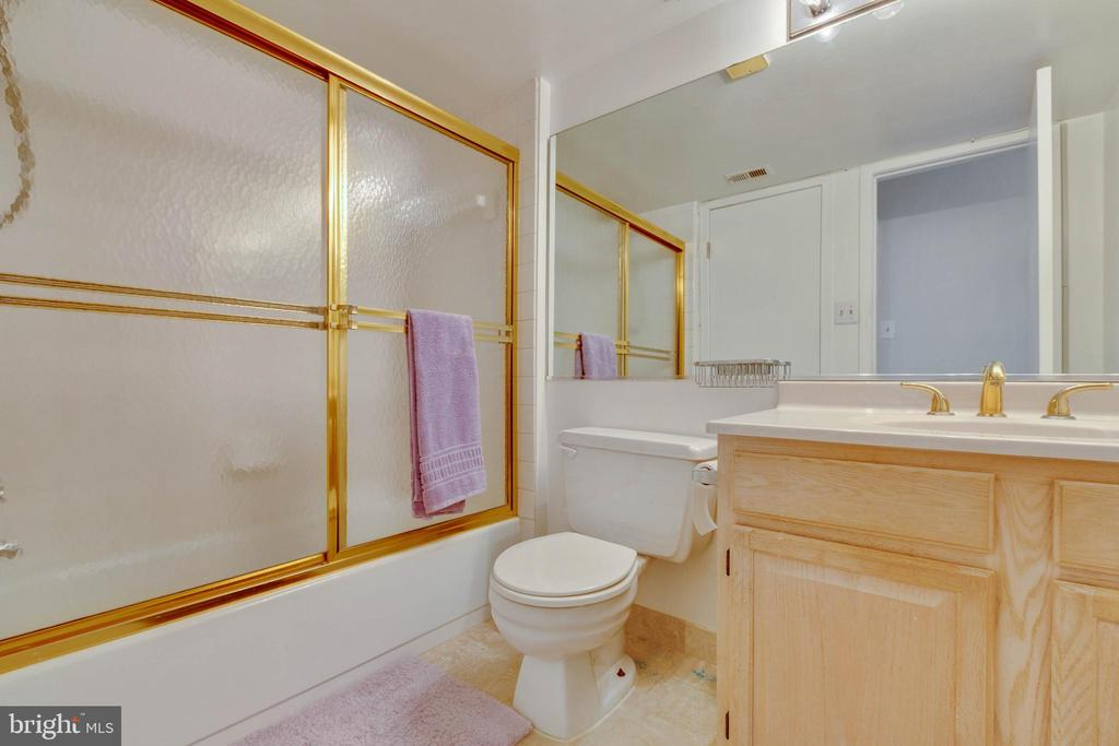 Bathroom - 11423 COMMONWEALTH DR #301, ROCKVILLE