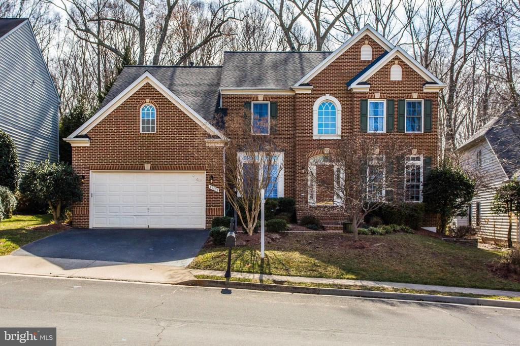 Welcome Home - 47297 OX BOW CIR, STERLING