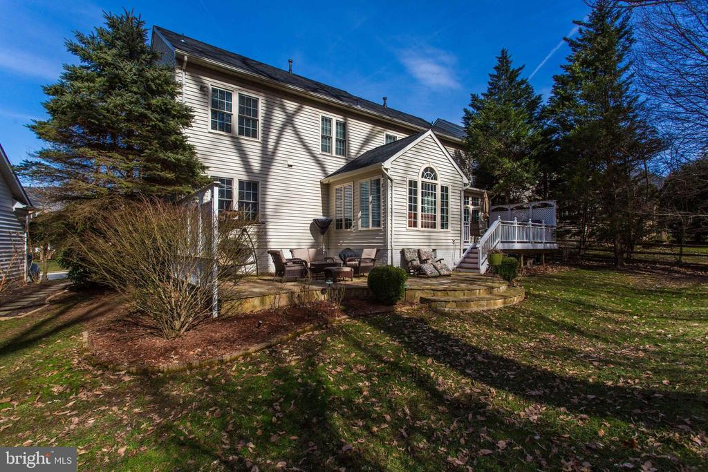 Private Oasis - 47297 OX BOW CIR, STERLING