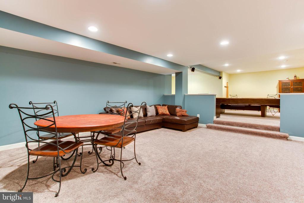 Recreation Room - 47297 OX BOW CIR, STERLING