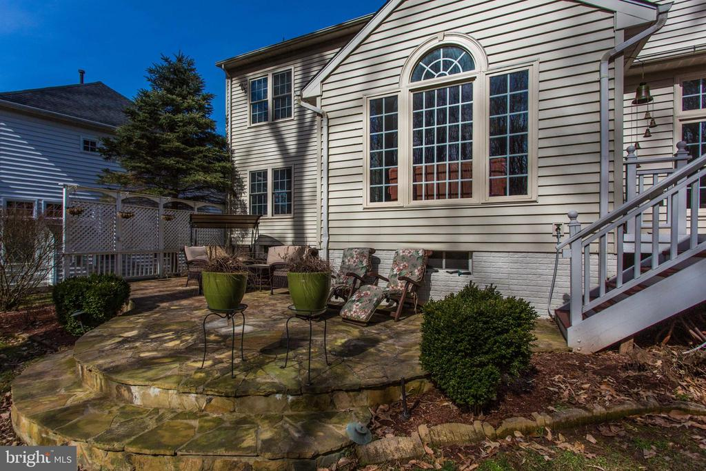 Rear View - 47297 OX BOW CIR, STERLING