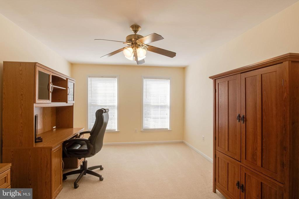 Bedroom 2 - 42824 VESTALS GAP DR, BROADLANDS