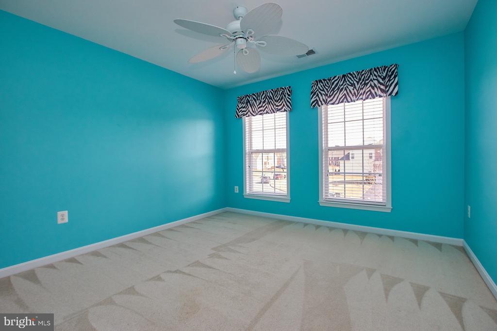 4th bedroom on upper level - 8828 HEPNER CT, BRISTOW