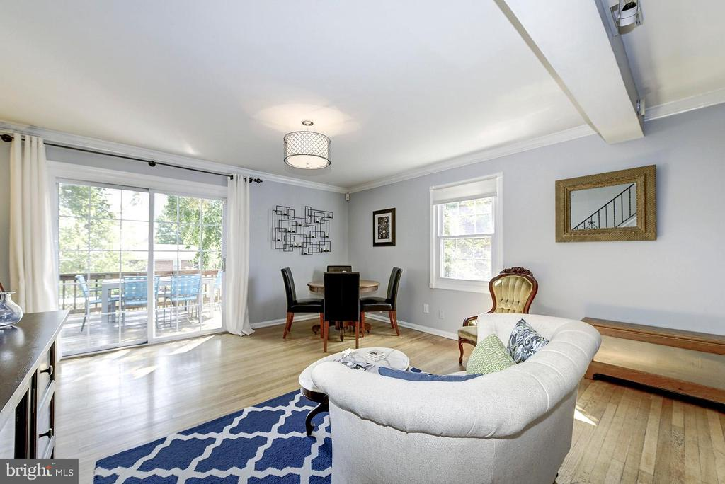ANOTHER Example of How Sellers Have Used This Room - 42 KENNEDY ST, ALEXANDRIA