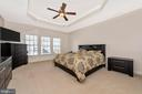 Master Bedroom with trayed ceiling - 703 GLENBROOK DR, MIDDLETOWN