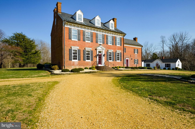Single Family Homes 為 出售 在 Hughesville, 馬里蘭州 20637 美國