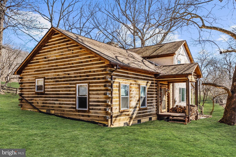 Single Family Homes للـ Sale في Markham, Virginia 22643 United States