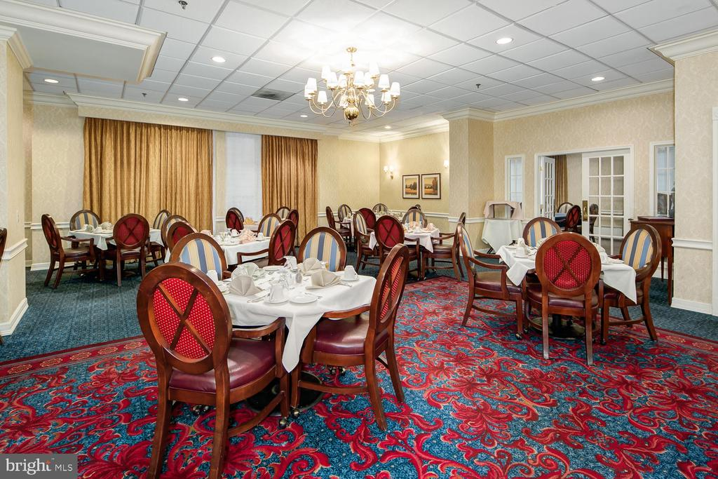 Jefferson resident dining room - 900 N TAYLOR ST #1929 AND 1931, ARLINGTON